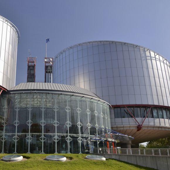 Mancata rivalutazione dell'indennizzo previsto dalla Legge 210/92